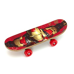 Skateboard Iron Man