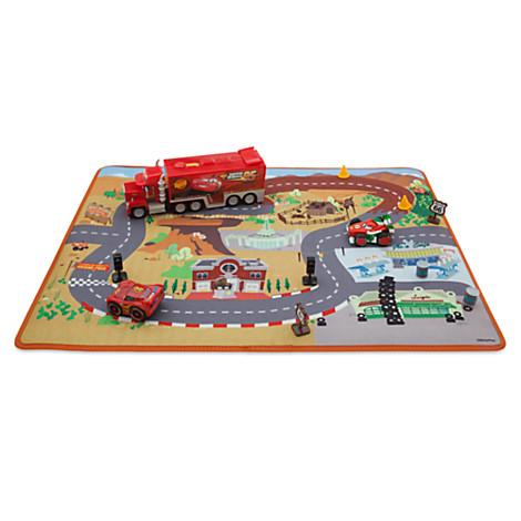 ensemble tapis de jeu et voitures disney pixar cars figurines et univers disney store